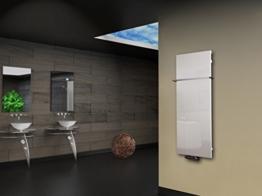 Badheizkörper Design Montevideo 2 (Glasfront) HxB: 120 x 47 cm, 799 Watt, weiß + 1 Handtuchhalter (15x15mm) (Marke: Szagato) Made in Germany / Top-verarbeiteter Bad und Wohnraum-Heizkörper mit Echtglas (Mittelanschluss) -